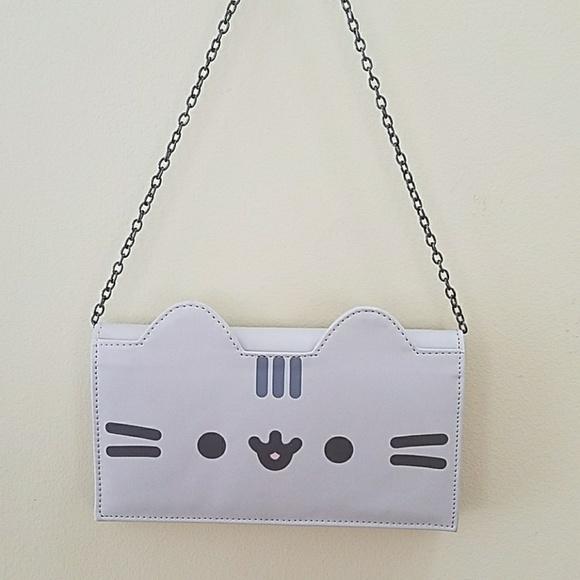 4d999a86eb Amazon Handbags - Amazon Pusheen Wallet